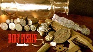 Metal Detecting Ghost Towns is AWESOME! Bottles, Bullets and Jewelry!
