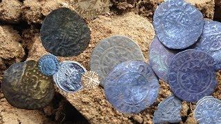 Hammered Silver, Ancient Roman Coins and Saxon Jewelry Found Metal Detecting England.